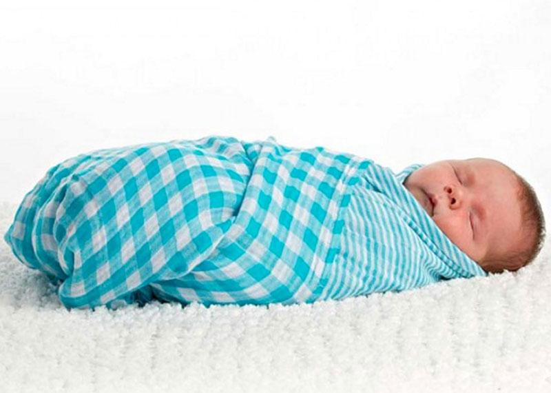 Păturica din muselină pentru bebeluși
